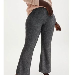 NWT Black Shine Fit and Flare Pant Torrid 3 (22)